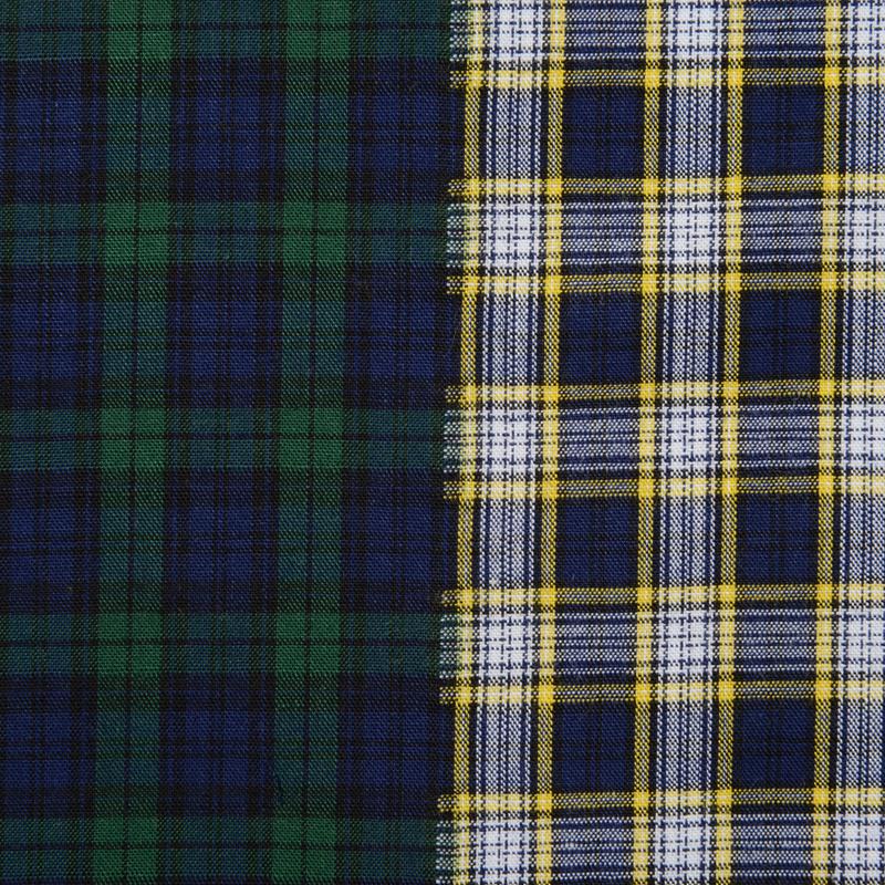 ダークトーンの落ち着いたチェック柄のパターン。 平織りのさらっとした生地感です。