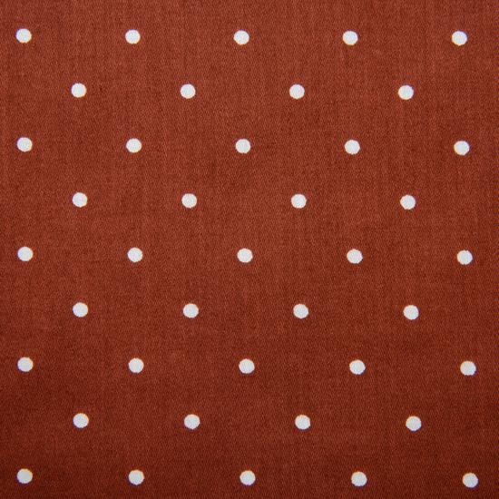 落ち着いたカラーのドット柄ハンカチ。 柔らかな生地感です。  千鳥縫製。サイズ46×46cm、綿100%、日本製。