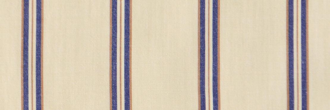 洗いざらしのようなナチュラルな生地感。 さらっとした手触りが心地よく、吸水のよい素材です。  サイズ46×46cm、綿100%、チドリ縫製、日本製。